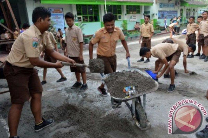 Semua sekolah di Madiun-Jatim didorong sandang predikat Adiwiyata
