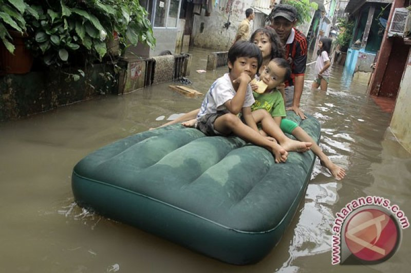 Hujan dan angin kencang berpotensi terjadi di Jakarta Selatan