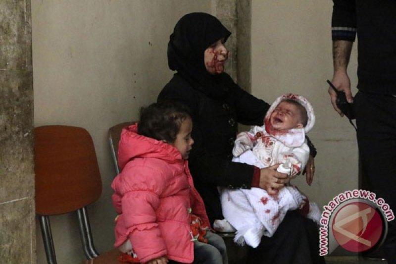 Bayi kelaparan, perempuan cedera penuhi rumah-rumah sakit Suriah