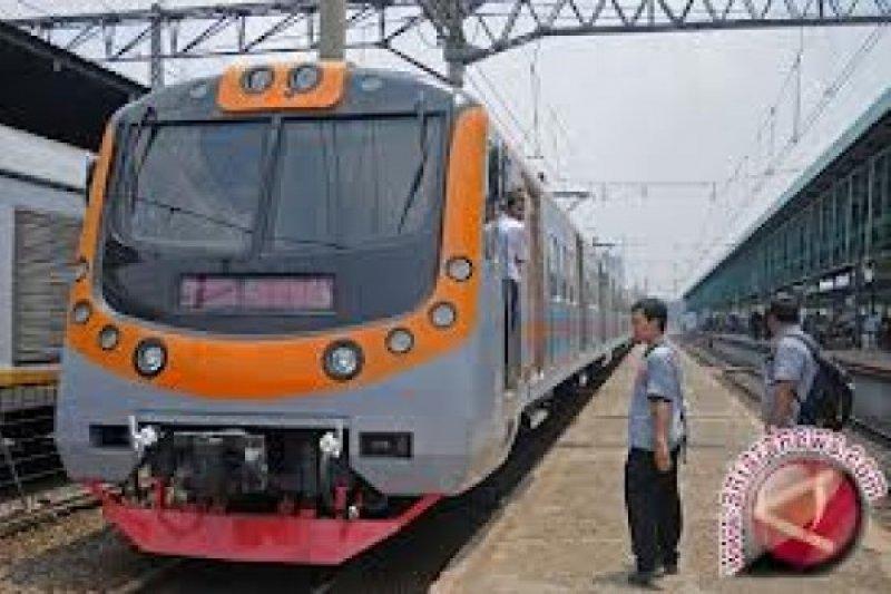 """Sejarah Kereta Api Sumbar dan Mimpi """"Shinkansen"""""""