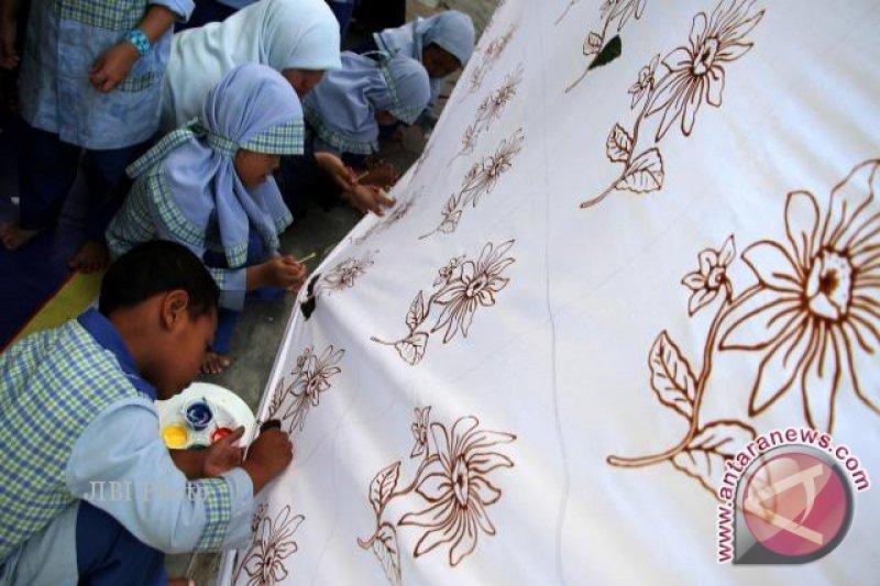 Batik Sampit Makin Diminati Masyarakat