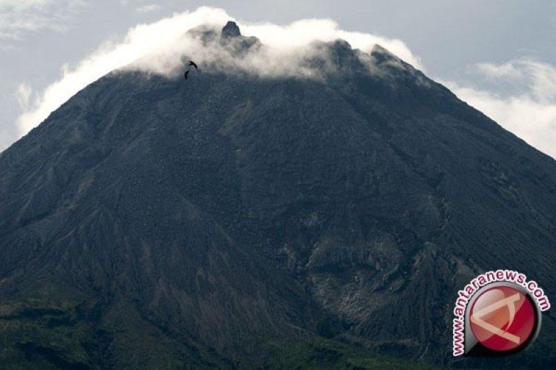 Merapi Berstatus Normal, Jumlah Pendaki Terus Bertambah