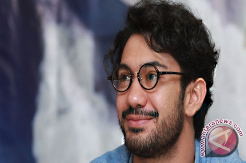 Aktor Reza Rahadian Dukung Antikekerasan Terhadap Perempuan