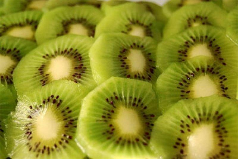 Cara terbaik makan kiwi menurut 'chef'