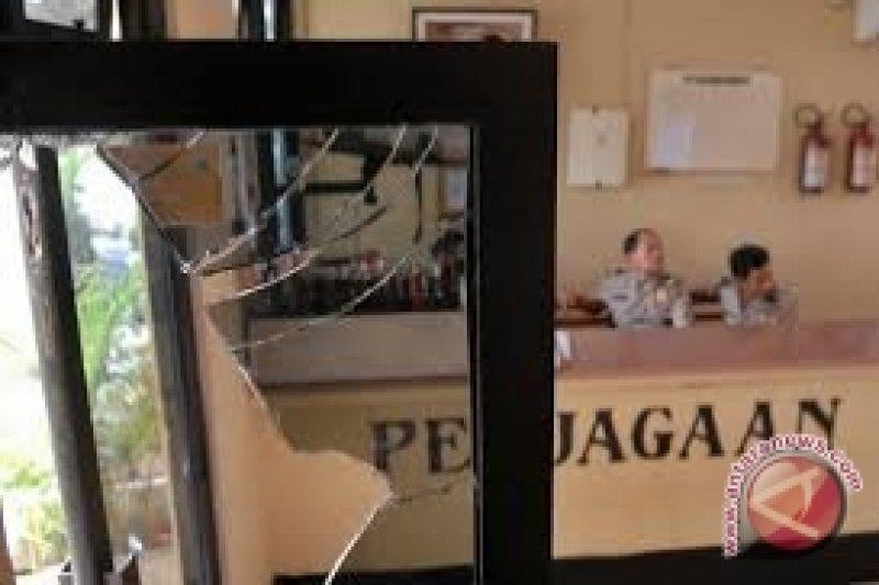 Polisi Belum Ungkap Pelaku Penyerangan Polsek Poso