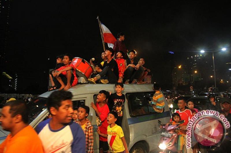 Takbir keliling di Jakarta meriah dan aman