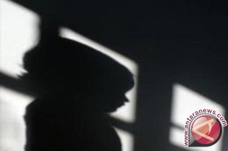 Polisi bekuk pemilik warnet diduga cabuli lima anak di bawah umur
