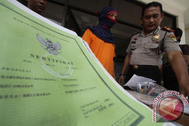 Terdakwa pemalsuan sertifikat dan penjualan tanah dihukum 5 tahun
