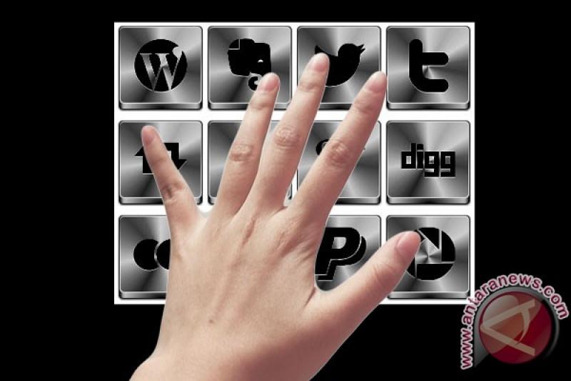 Literasi Anti-Hoax - Kenali Media Sosial Sebelum Menggunakannya