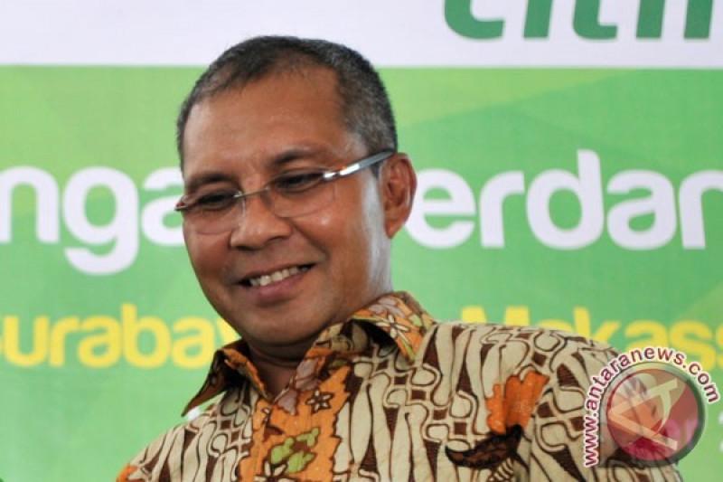 Wali Kota Makassar ajari anak-anak Spanyol tari Ganrang Bulo Makassar