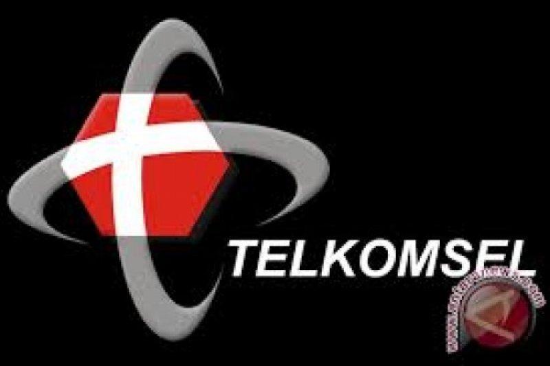 """Telkomsel """"bagi-bagi rezeki"""" untuk pelanggan di Sumbar melalui penukaran poin"""