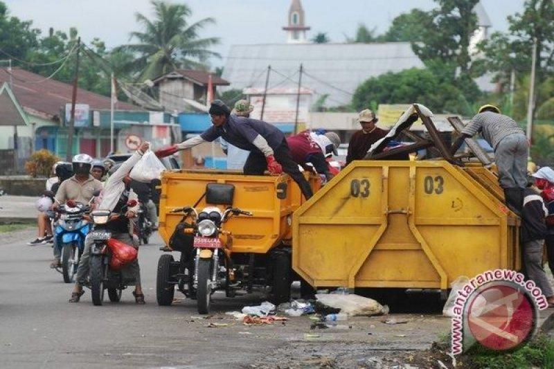 Yogyakarta tekan sampah plastik kerja sama dengan warmindo