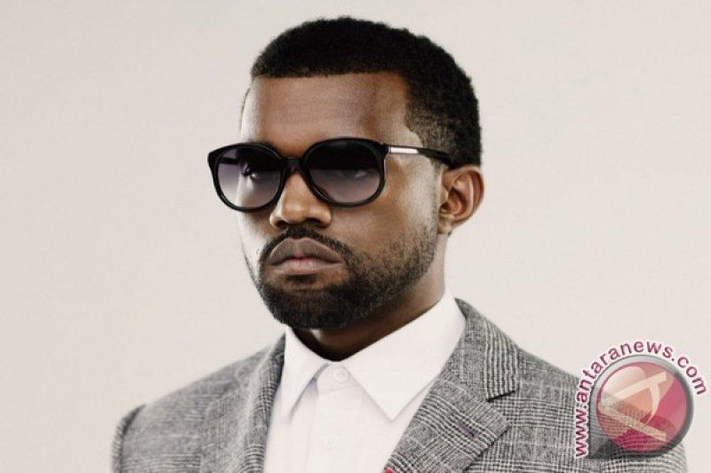 Setelah bertemu Donal Trump, Kanye West jauhi politik