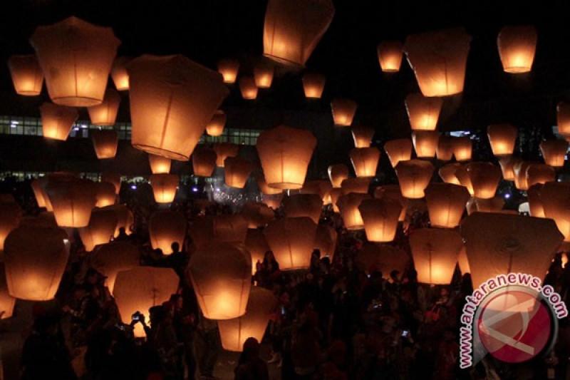 Kasus COVID-19 meningkat, Taiwan batalkan festival lampion Imlek