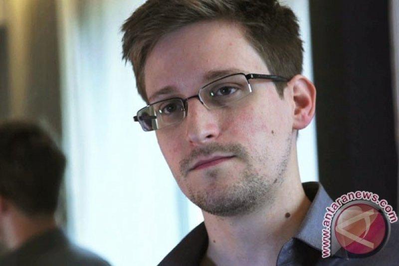 Snowden berharap  Prancis memberinya suaka