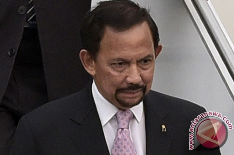 Sultan Brunei jenguk Wiranto di RSPAD Gatot Soebroto