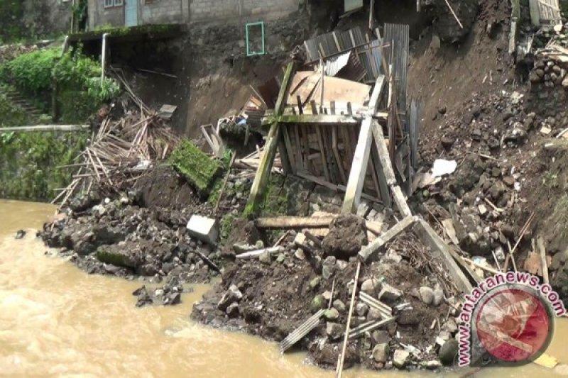 Talut longsor Sungai Winongo diperbaiki gunakan swakelola