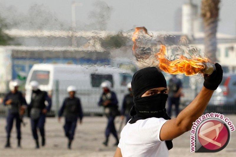 Terkait molotov, oknum dosen IPB jadi tersangka dan ditahan