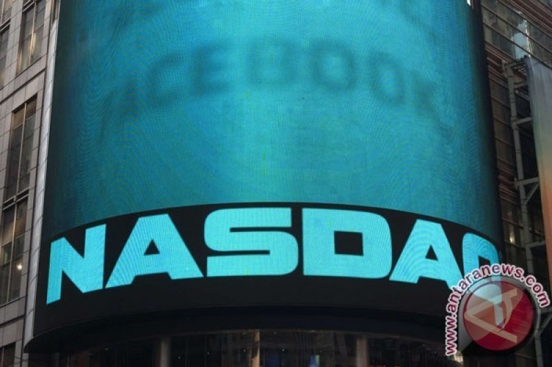 Saham-saham di Wall Street jatuh menyusul serangan terhadap fasilitas minyak Saudi