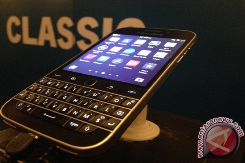 Bos BB Mungkin Stop Berbisnis Smartphone