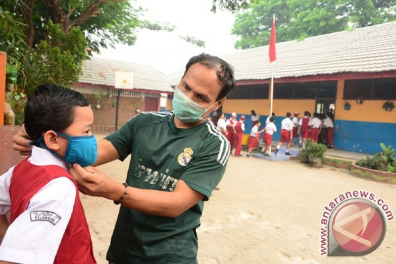 Dinkes Palembang imbau warga kurangi  aktivitas di luar ruangan