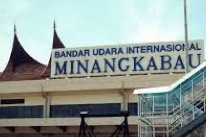 Seperti Pekanbaru, tiket mahal bikin 467 Penerbangan Bandara Minang kabau Batal