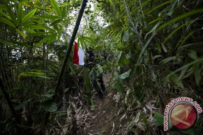 Pagar pembatas negara di Entikong dijebol pihak tak dikenal