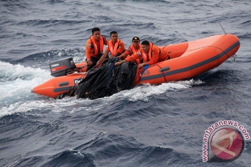 Puluhan Penumpang dan ABK Perahu Rindu Sabar belum Diketahui Keberadaannya