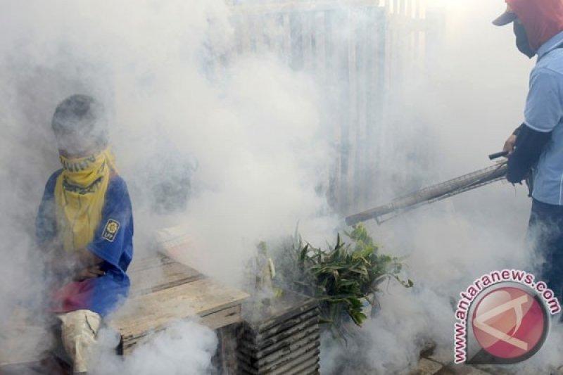 Polres Cianjur bantu pengasapan di sejumlah pemukiman