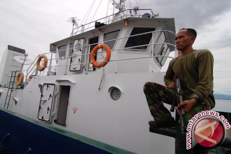 KRI Lada kejar kapal nelayan yang dibajak