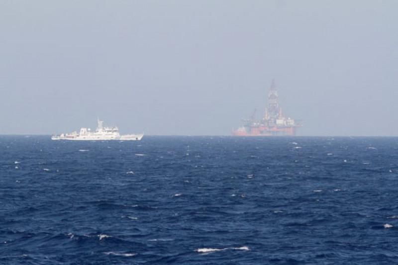 Kapal perang AS berlayar di Laut China Selatan bersengketa