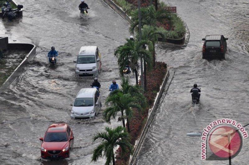 Waspada banjir rob pesisir pantai utara Jakarta