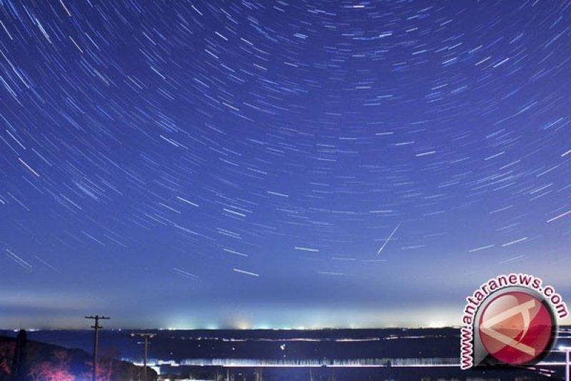 Malam ini akan nikmati keindahan puncak hujan meteor Geminid