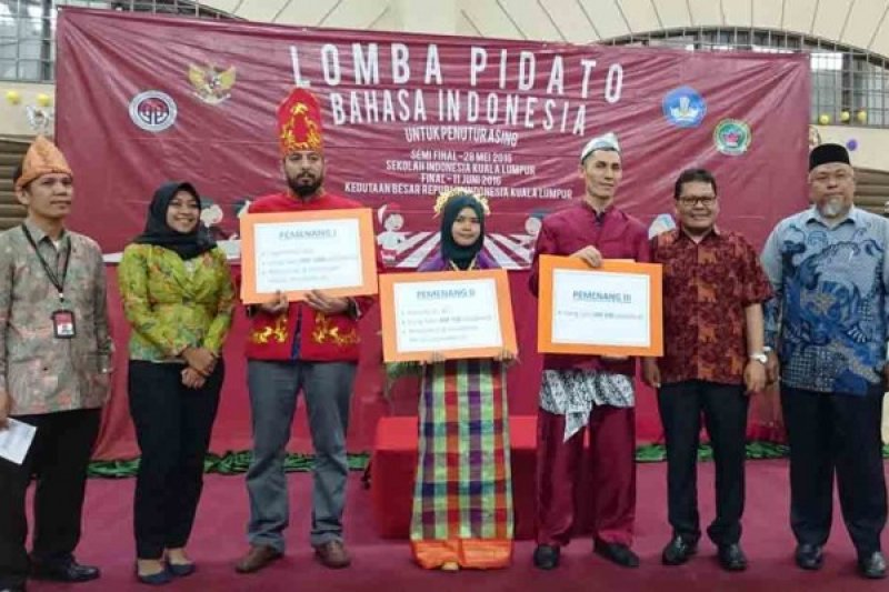 Mahasiswa Yordania Juarai Lomba Pidato Berbahasa Indonesia