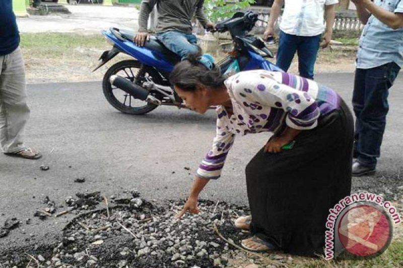 Jalan rusak di Kabupaten Lampung Timur capai 700 km