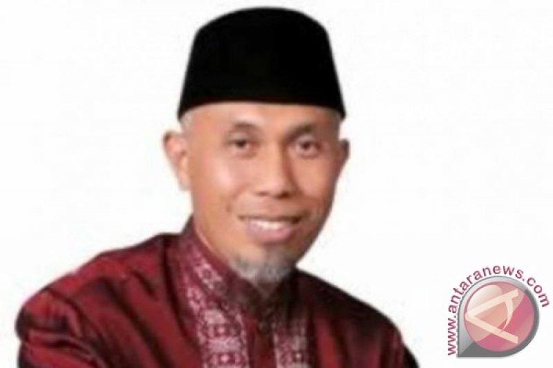 Padang Peringati Gugurnya Pahlawan Bagindo Azis Chan Ke 70
