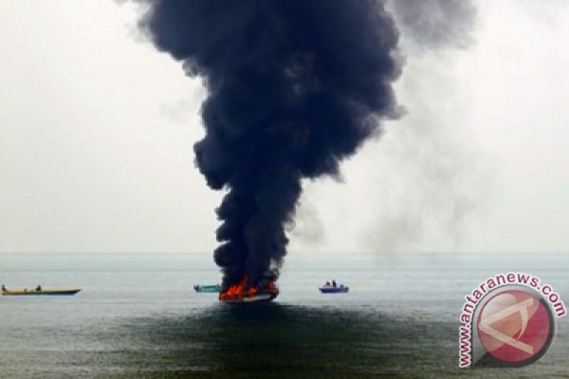 Speedboat terbakar di Raja Ampat