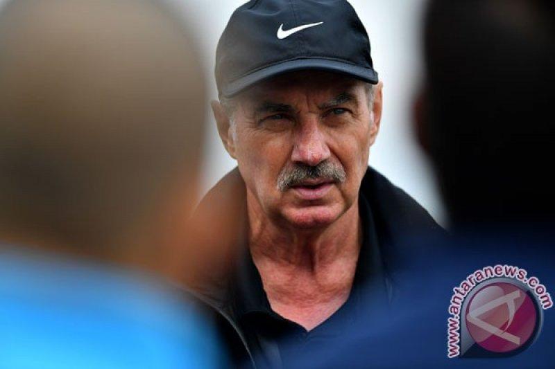 Dari klub, pemain, sampai Ketum PSSI turut berduka atas wafatnya Riedl