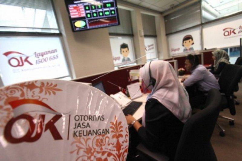 Perusahaan pegadaian harus mencantumkan izin OJK
