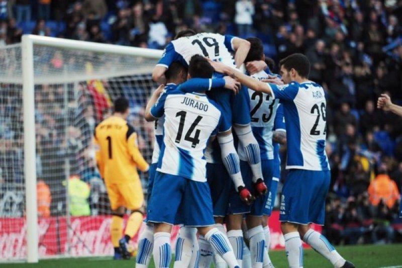 Espanyol Jegal 10 Pemain Sevilla 3-1