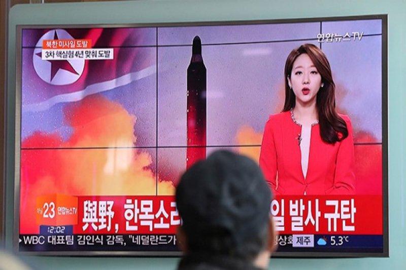 Korut luncurkan dua rudal ke laut timur, China ajak dialog