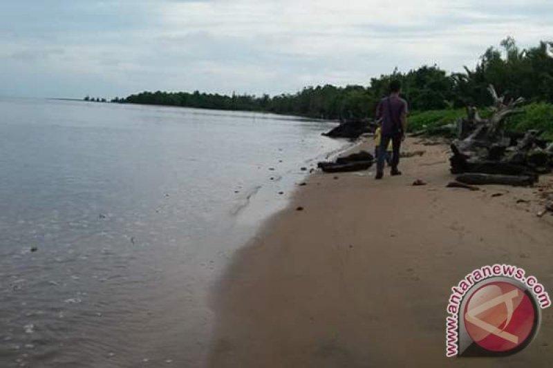 Legislator minta pengelolaan Pantai Siamuk dibenahi