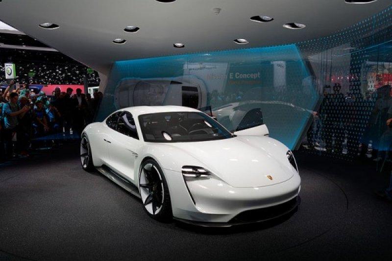 Porsche jadi pabrikan mobil Jerman pertama yang tinggalkan mesin diesel