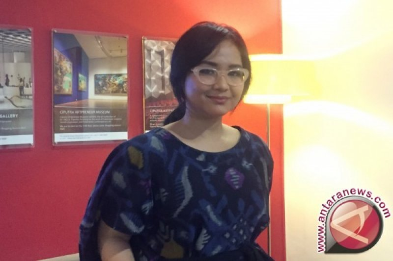 Gita Gutawa Hubungi Teman-temannya, Pasca Serangan London