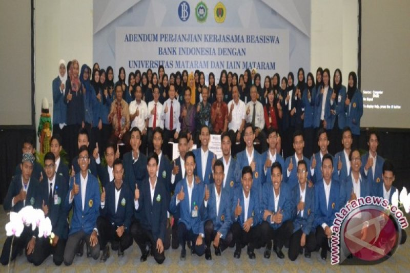 Warga mengapresiasi program beasiswa NTB