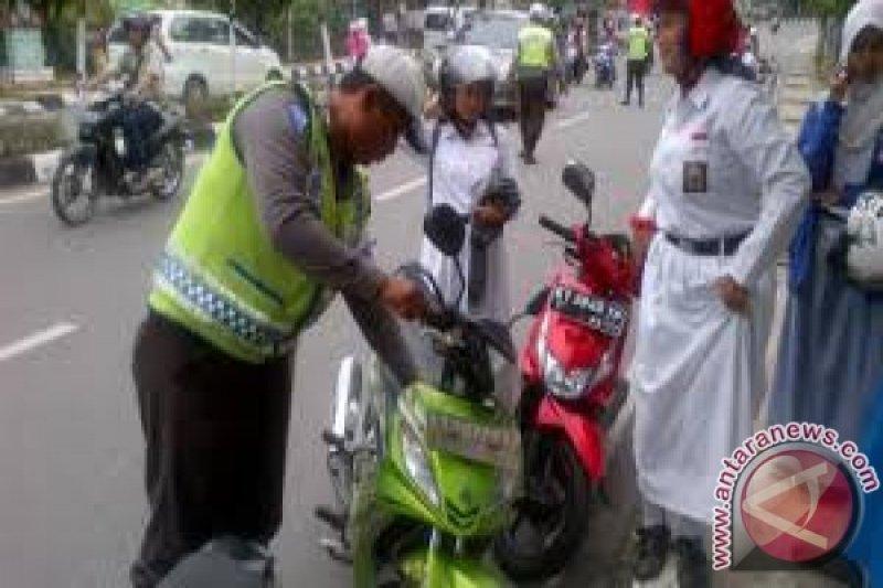 Korlantas Polri Sosialiasi E-tilang Di Kupang