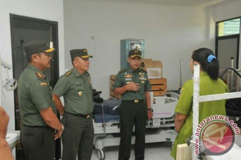Kapuskes TNI AD Kunjungi Rumkitban Poso.
