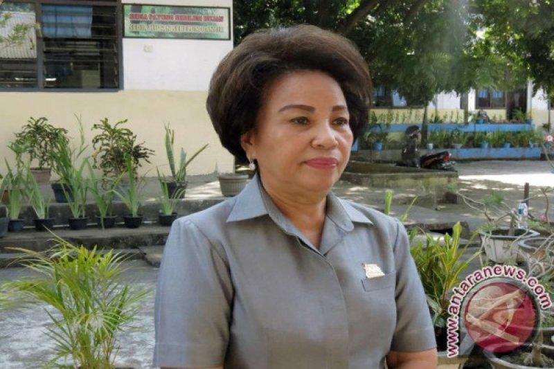 Noortje Henny Van Bone tekadkan bantu masyarakat sesuai nazar