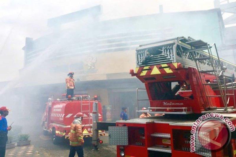 """Pemadam kebakaran tewas di lokasi """"shooting"""" film Bruce Willis"""
