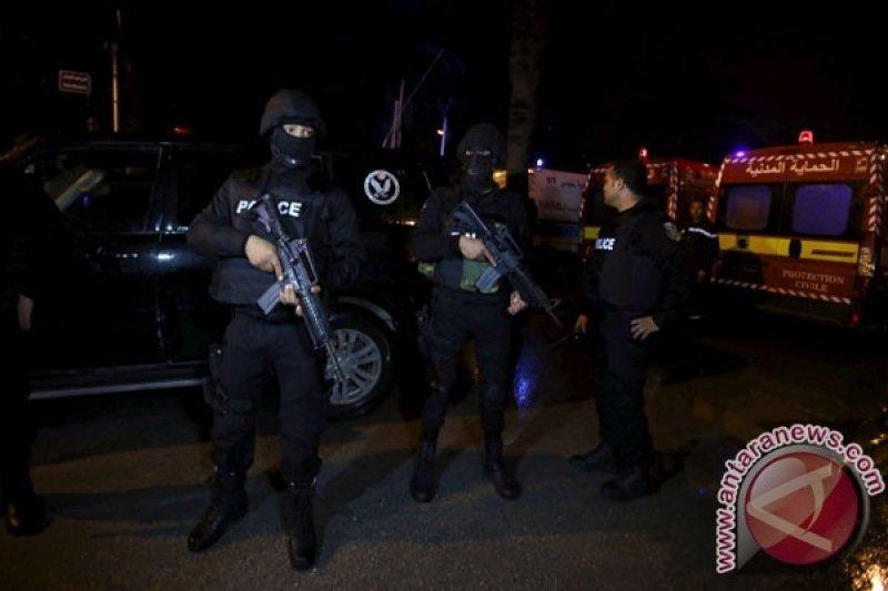 Dua serangan bom bunuh diri di Tunisia tewaskan seorang polisi